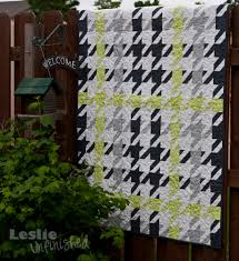 Plaid Houndstooth Quilt | Leslie Unfinished & I loved my first houndstooth quilt and seriously considered keeping it, but  I couldn't get the idea of making a plaid within the houndstooth out of my  mind. Adamdwight.com
