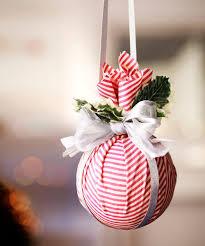10 Best Christmas Decorating Ideas  DecorillaChristmas Decoration Ideas