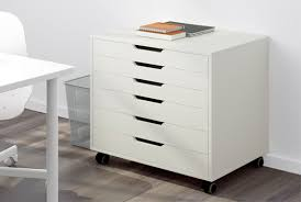 Drawer units can be extremely useful when you need to keep your small  things stored in