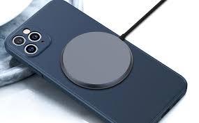 Bật nguồn iPhone 12 một cách dễ dàng với bộ sạc này - Tin công nghệ