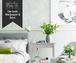 novice wallpaper hanger