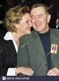 Reform Party leader Preston Manning (R) receives a hug from his wife Sandra  (L) after hearing the results of a leadership vote at the end of the Reform  Convention in Ottawa, January