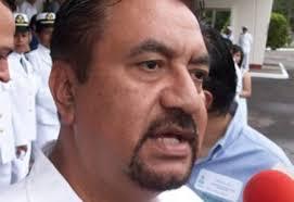 El Subdirector médico del DIF municipal de Boca del Río, Hugo Zárate Amézcua desmintió que se hayan registrado muertes en la población a causa de dengue ... - HUGO-ZARATE1