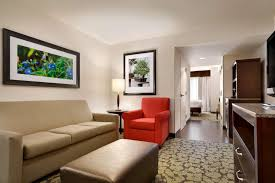 1 king junior suite hearing accessible