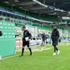Zwei tage nach dem 1:4 gegen den sc paderborn gab das langjährige aufsichtsratsmitglied thomas krohne. Werder Bremen Steigt Ab Koln Rettet Sich Auf Relegationsplatz Stern De
