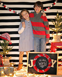 Christmas Booth Ideas Easy Christmas Photo Backdrop Our Fifth House