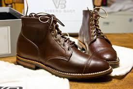 a member of another forum was sitting on a pair of brown chromexcel leffot punched cap toe boots and these were the same boots that attracted me to the