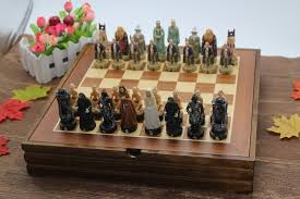 Classic Wooden Board Games With Wooden Board Chess Set Resin Child Game The Lord of the Rings 71
