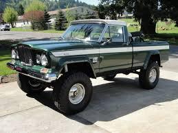 Sweet 1969 Jeep Gladiator J-2000 short-bed, fleetside/townside pick ...