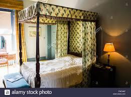 Möbel Flamme Bett Himmelbett Mit Vorhänge Im Schlafzimmer Eine