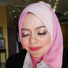 dominasi warna merah muda sangat co buatmu yang ingin tak lebih feminin sekaligus awet muda