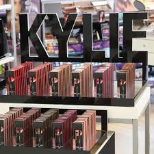 Kylie Cosmetics Ulta Announcement: Lip ...
