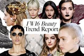 and while that means no more beach days and cote weekends the beginning of the fall season also means we get to indulge in our favourite beauty trends