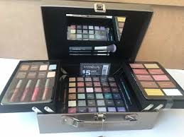 ulta beauty sparkle and shine 65 piece collection makeup kit train case ebay