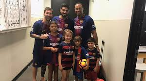 15 for tiger, but for his kids, it's really no. Tiger Woods Brings Kids To Visit Soccer Stars Lionel Messi Luis Suarez Golf Channel