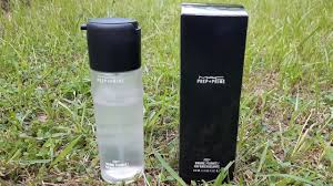 mac prep prime fix plus makeup setting spray review world s no 1 makeup setting spray must have