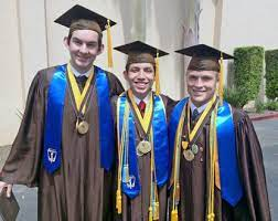 162 graduate from St. Francis High - The Morning Call