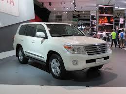 File:2012 Toyota Land Cruiser (URJ202R) Sahara wagon (2012-10-26 ...