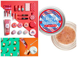 here is the new etude house berry delicious collection launched in south korea in spring 2016 etude house has done a variety of fruit themed makeup