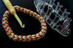 Вязание браслетов на станке
