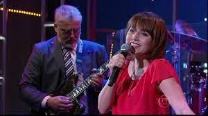 Programa do Jô | Letícia Colin mostra seu lado cantora