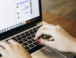 Přidejte si na web online chat a zvyšte tržby | MioWeb
