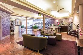 hotel entrance featured image lobby