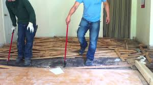 how to remove hardwood floor without damage
