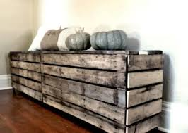 pallet radiator cover that can be easily diyed