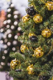 Decorating Christmas Tree With Balls Decoration Christmas Tree With Plenty Of Gold And Black Balls 96