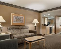 2 bedroom hotels in las vegas. embassy suites convention center las vegas hotel, nv - 2 queen suite living room bedroom hotels in