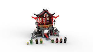 LEGO 70643 Ninjago Temple of Resurrection Construction Kit (765 Pieces):  Amazon.de: Spielzeug