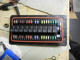 diy fuse box ih8mud forum it ll hold 10 relays and 40 fuses i m using it a little differently and it ll only have 10 relays and 20 fuses but it should power all my lights and misc