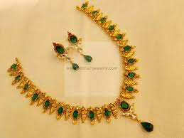 South Indian Traditional Gold Earrings Designs 22kt South Indian Traditional Gold Necklace