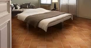 Pavimento Cotto Rosso : Pavimento rivestimento in gres porcellanato per interni ed esterni