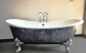 standard bathtub size clawfoot