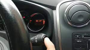 Dacia sandero stepway arıza lambası söndürme - YouTube