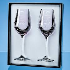 sl564 2 pink diamante wine glasses with spiral design cutting in an attractive gift box
