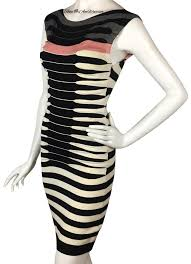 Ted Baker Dress Size Chart Ted Baker Black Cream Pink Striped Ruched Bodycon Short Casual Dress Size 4 S 17 Off Retail