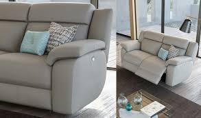 Voglio ricevere comunicazioni dal mondo divani&divani by natuzzi. Poltronesofa Collezioni Divani In Pelle Scegli Il Tuo Modello Ideale