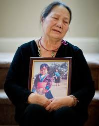 the spirit catches you and you fall down essay the spirit catches the spirit catches you and fall down essay questions essaylia lee s daughter of hmong refugees