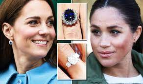 But few know its romantic and historical backstory. Meghan Markle Vs Kate Middleton Engagement Ring How Much Are They Worth Express Co Uk