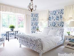 BLUE AND WHITE BEDROOMS - Mark D. Sikes: Chic People, Glamorous ...
