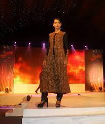 Freelance Fashion Designer Mumbai Dipeka Saxena Is A Freelance Model Since 2010 Focusing On