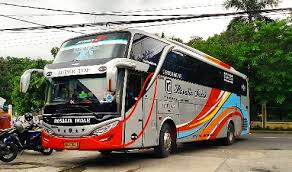 Bus rosalia indah januari april, mei, juni, juli agustus sampai desember. Pengemudi Bus Rosalia Indah Dapat Gaji Uang Makan Plus Beras