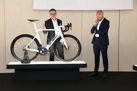Capovelo Com De Rosa Unveils Updated Sk Pininfarina Aero Bike