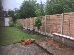 it cost to install a garden fence