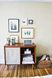 framebridge gallery wall, stylish frames, custom frames, decorating guys  apartment, masculine decor