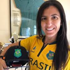 """Roberta Moretti Avery on Twitter: """"Having a 🇧🇷 shirt signed by ..."""