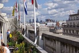 From the idyllic rooftop garden there are panoramic views across the London  skyline.